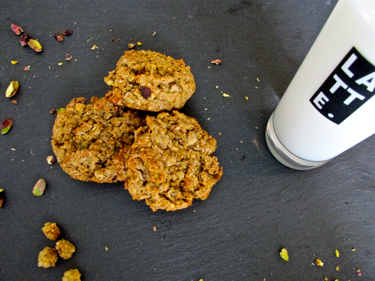 Mulberry-Pistachio Oatmeal Cookies (gluten free)