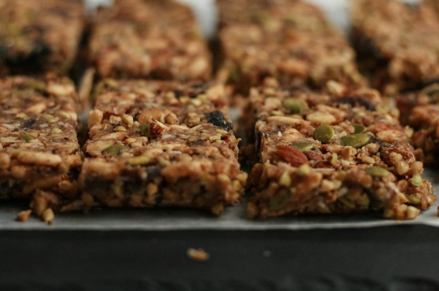 No-Bake Sprouted Buckwheat + Apricot Granola Bars-3